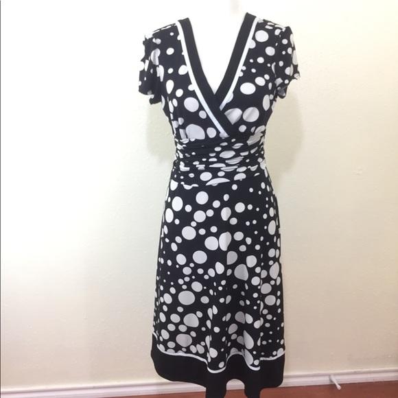 9e3ed5b26a Sandra Darren Black   White Polka Dot Midi Dress. M 5b47bddd534ef99d47b18540